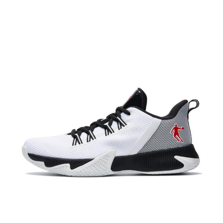 乔丹体育 耐磨减震舒适篮球鞋 XM2590112