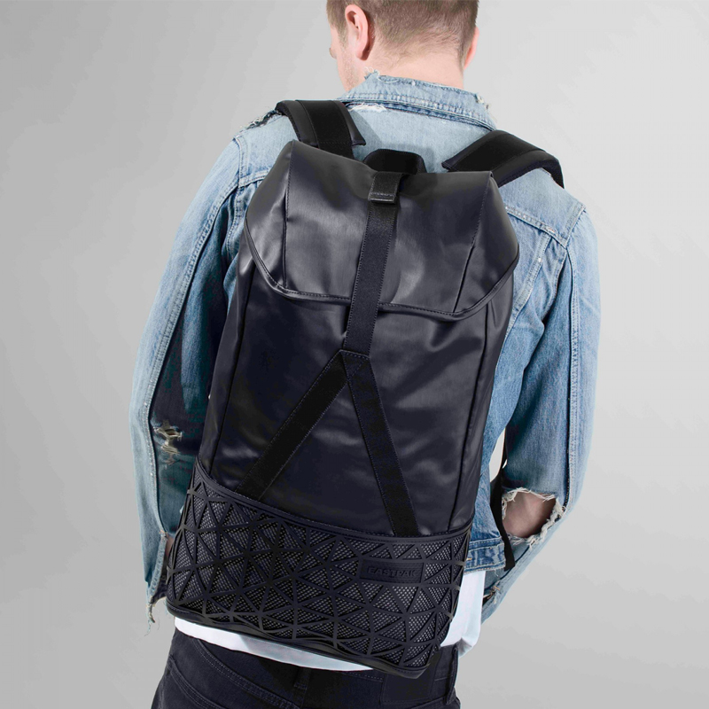EASTPAK 欧美时尚户外双肩包 EK18A69S